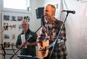 Hugh Jones (left) and Stephen Andrew: When You Walk In The Room. Photos by Eric Algra